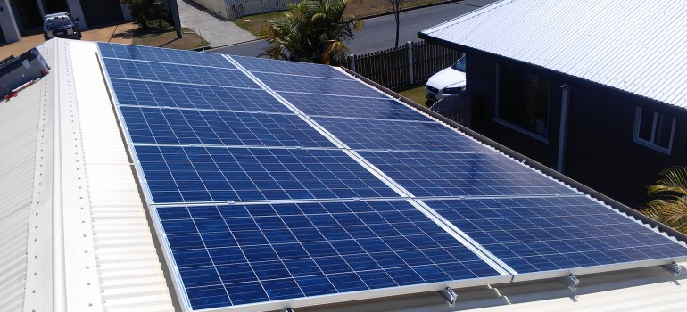 SPECIAL 6 kW $5600 - REC Panels with Fronius 5kW Inverter - 10 year warranty